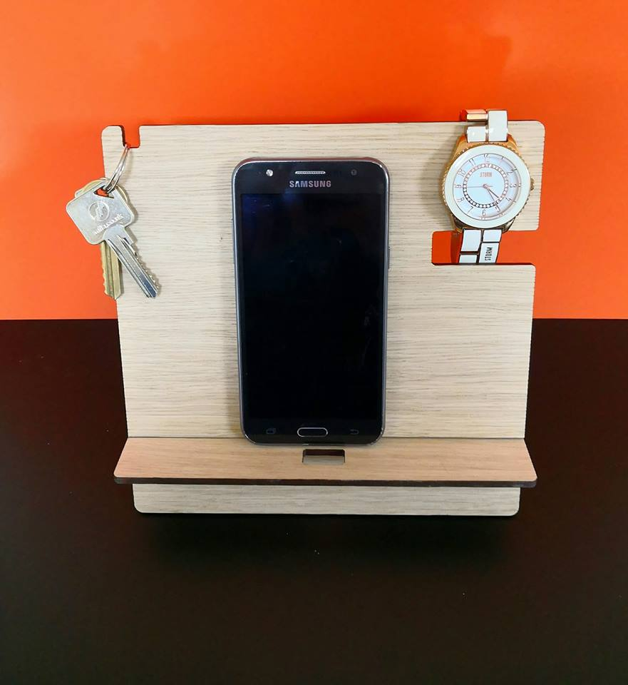 Oak Veneer Phone Docking Station Amp Organiser Woodform Crafts